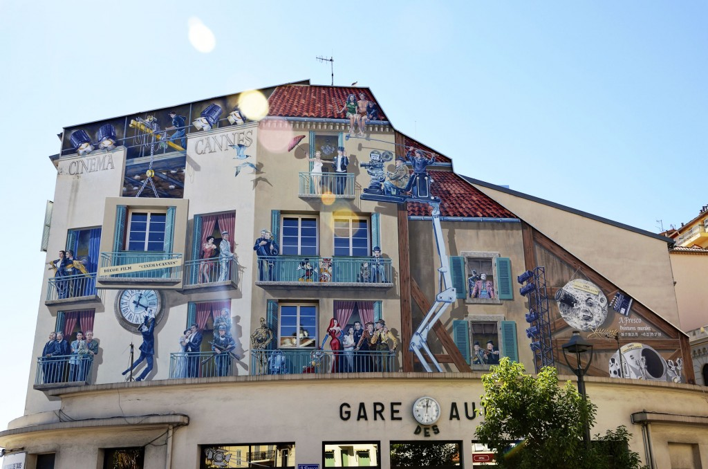 A. Fresco arte urbano Cannes Francia