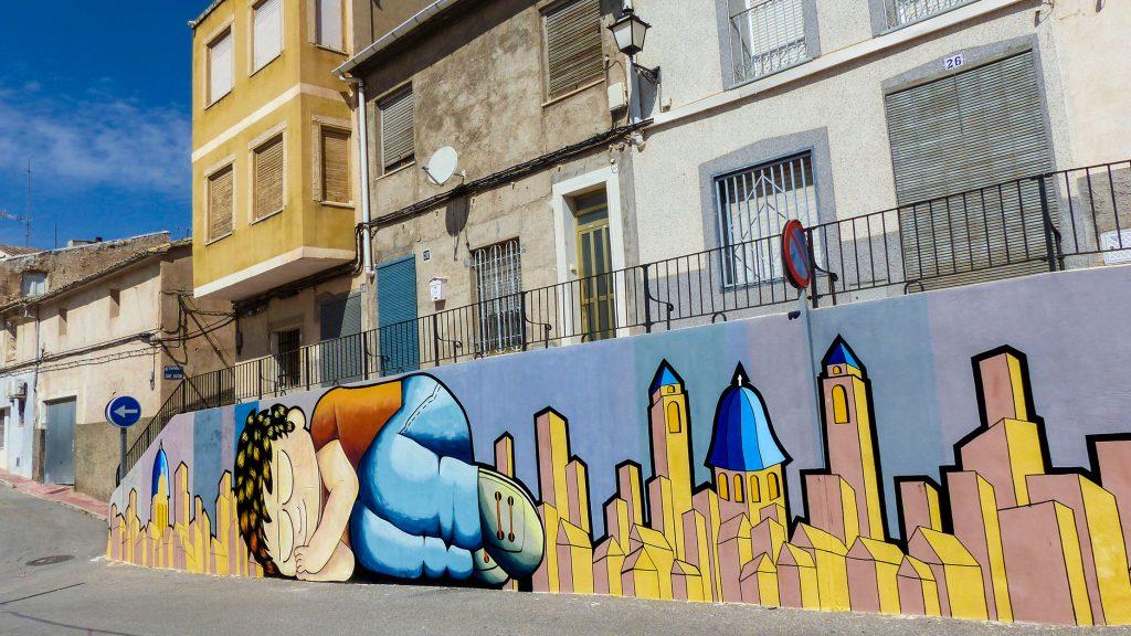 Manu Sanz arte urbano en Monòver, Valencia