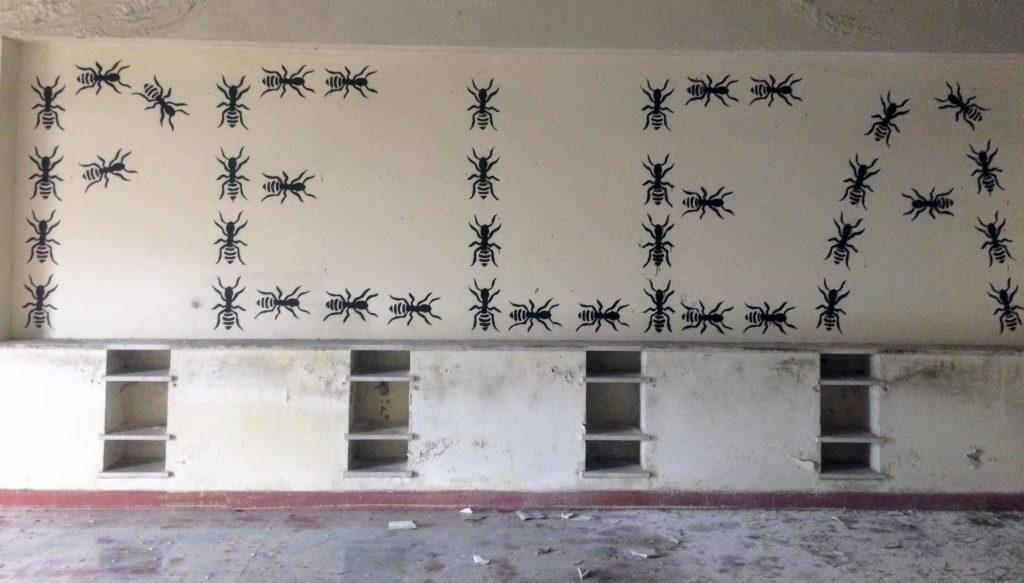 arte urbano antpintura, hormigas obreras, Barcelona