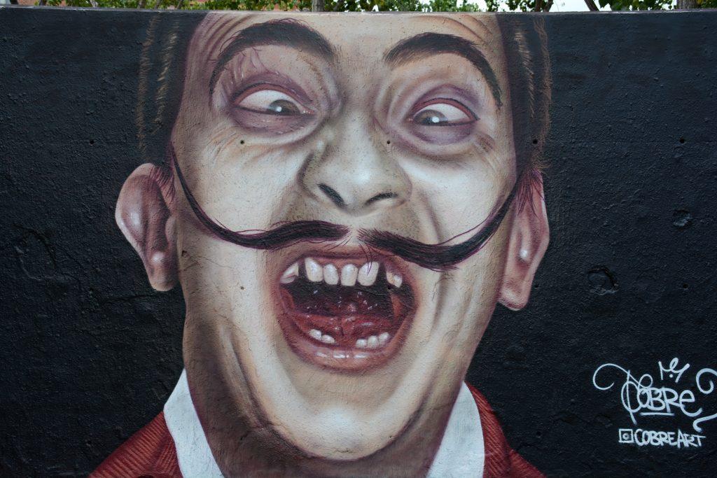 Niño de Cobre arte urbano en Barcelona