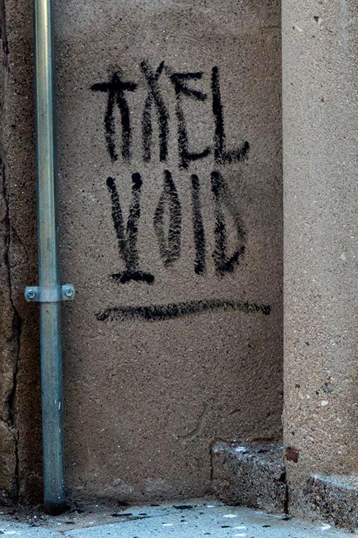 Axel Void Arte urbano en Avià