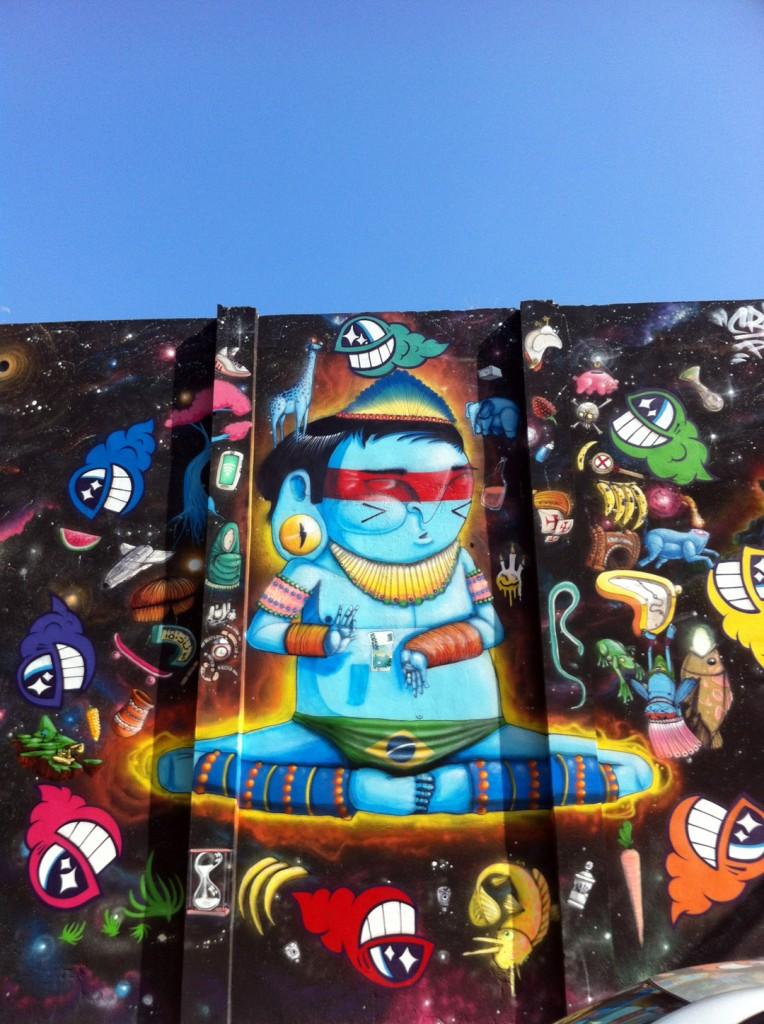 Cráneo y Pez Arte Urbano digerible