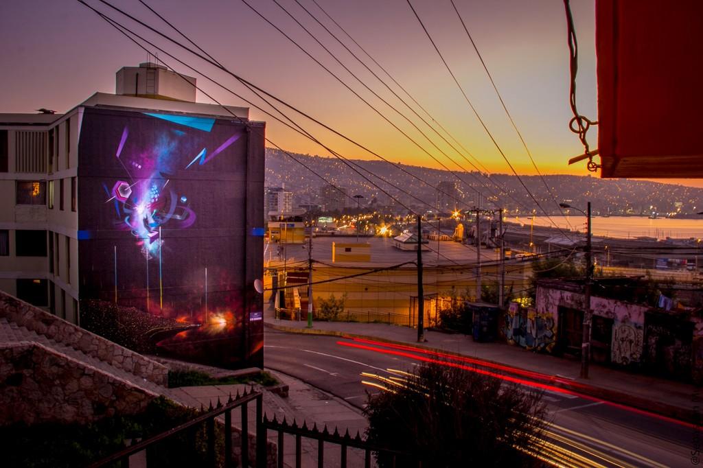 Claudio Drë arte urbano en Valparaíso, Chile