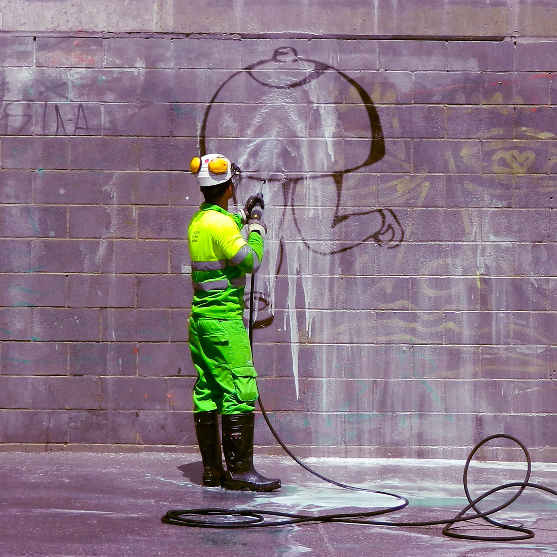 Arte urbano Cartel de Caracas exposición de arte Del Mur Al Llenc 4
