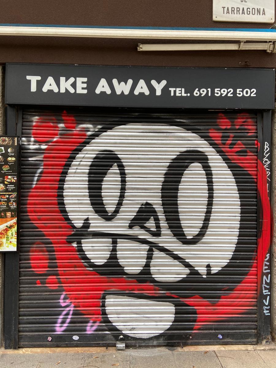 Wake up your dreams calavera graffiti barcelona