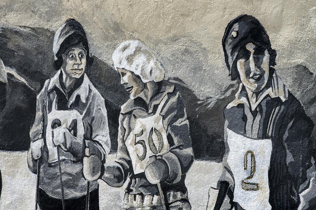 Arte urbano ALP Cerdanya Sara Sagastegui y Maria Escobet